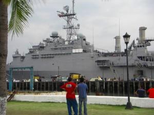 スービックに入港していたアメリカの軍艦